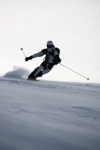 October skiing in Norwegian mountains