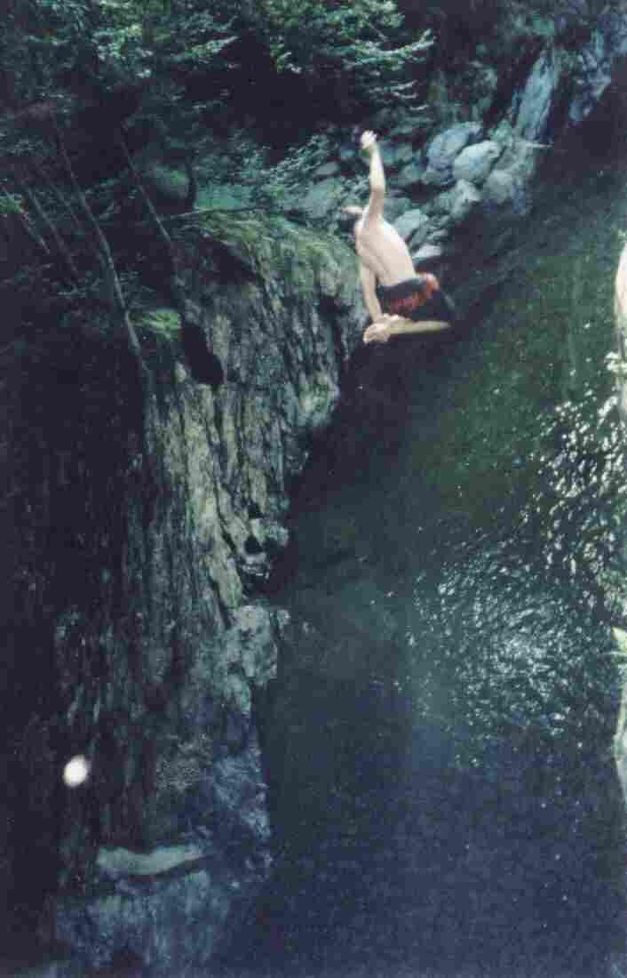 180 mute cliff jumping (hennie)
