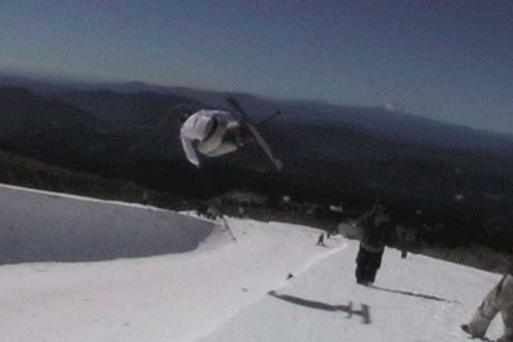 air at the hood public pipe.