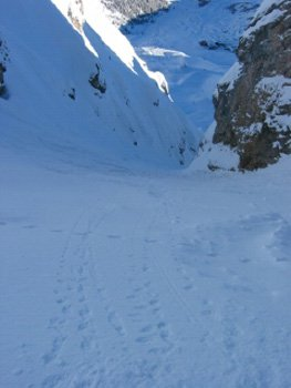 New Years day First run in Petit Couloir (first tracks)