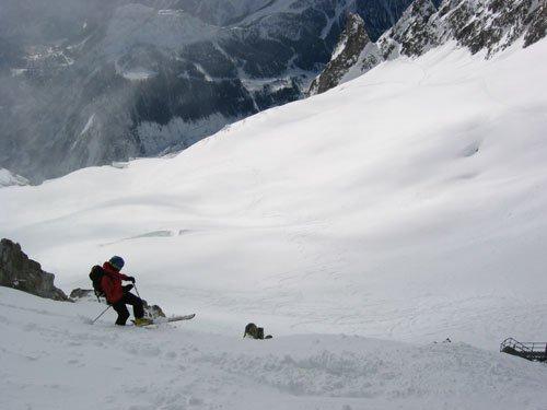 Steep entry onto the Glacier
