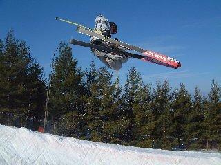 Race skis = big air