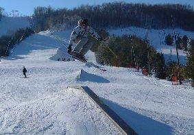 Grab to down kink rail