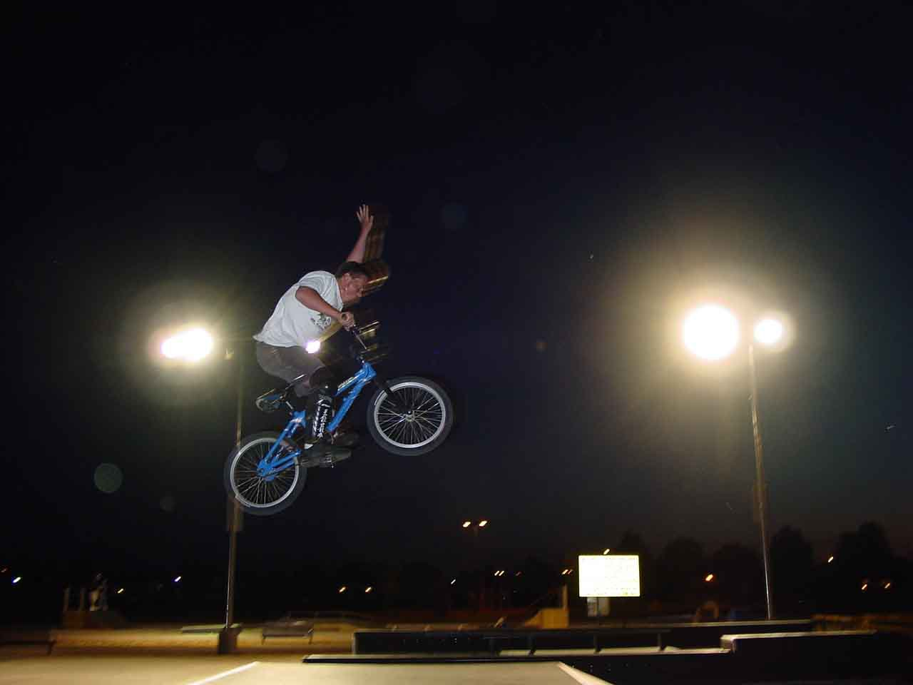 One Hander, One Footer