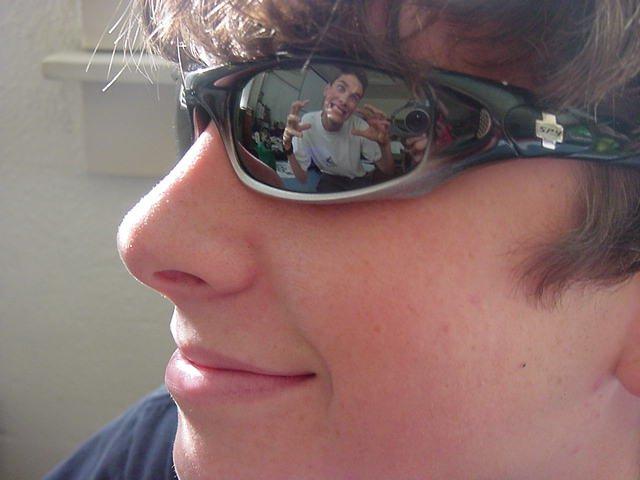Reflection of Thomas
