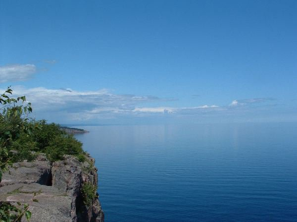 This is another picture from Palisade Head. Less zoom in...