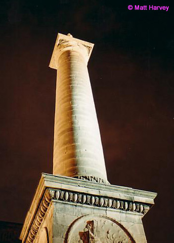 Tall monument at the Old Port
