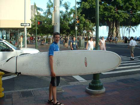 Me with a long bord going to learn to surf