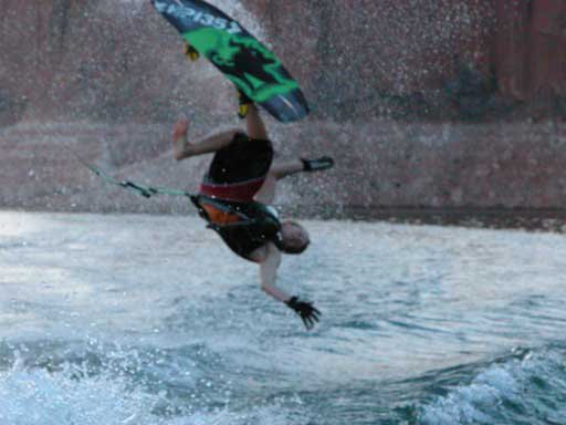Wakeboard, Backroll JACK MYSELF UP FLIP
