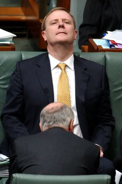 Aussie PM gives head.