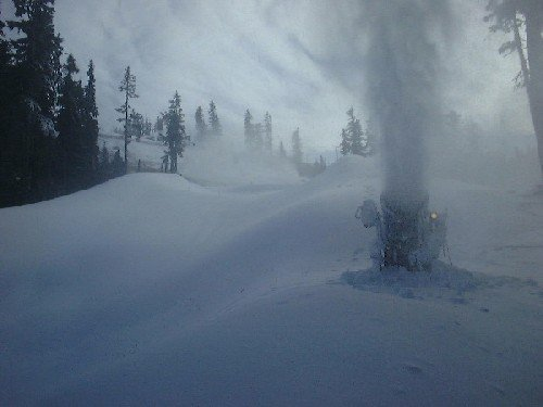 Blackcomb snowmaking crews started making snow this week on Whistler Blackcomb.
