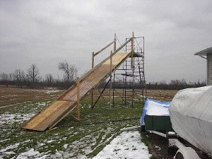 backyard ski ramp...pretty cool