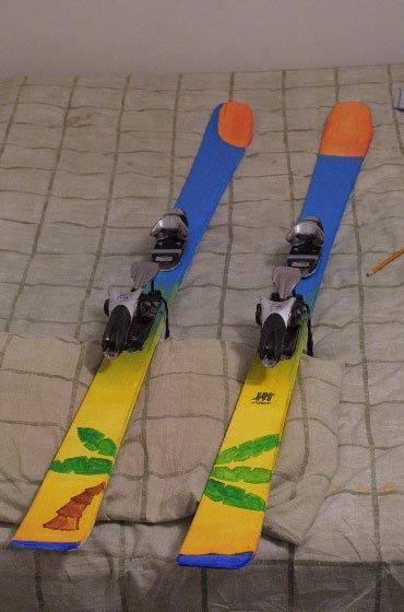 Hot Mauii Skis