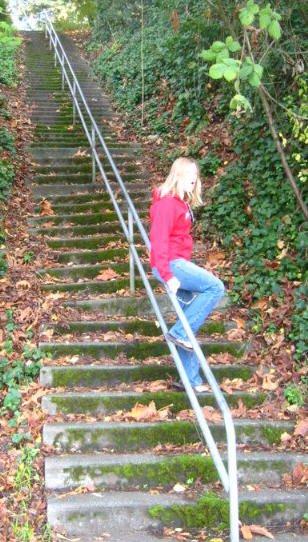 80 foot death rail