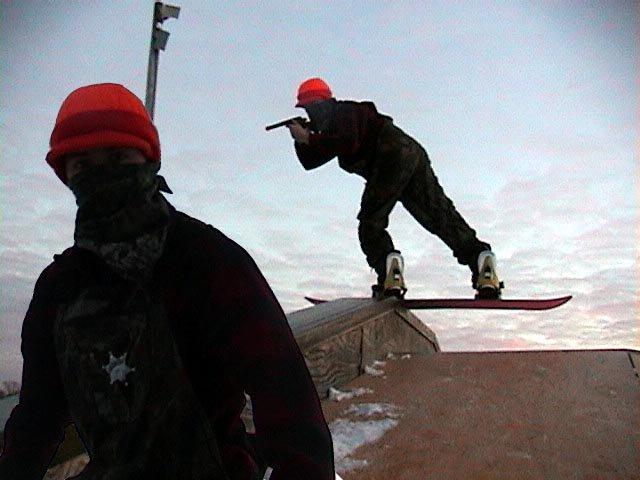 Snowboard - BS Noseslide