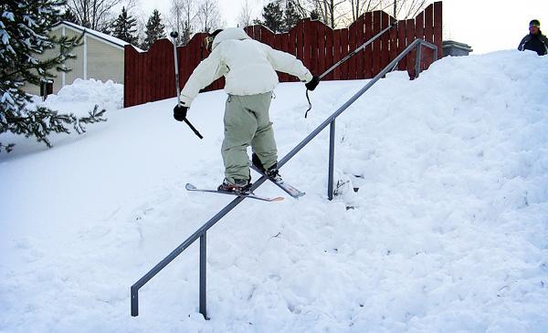 unnatural railslide to fakie
