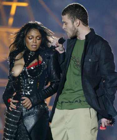 "Janet Jackson Superbowl ""mishap"""