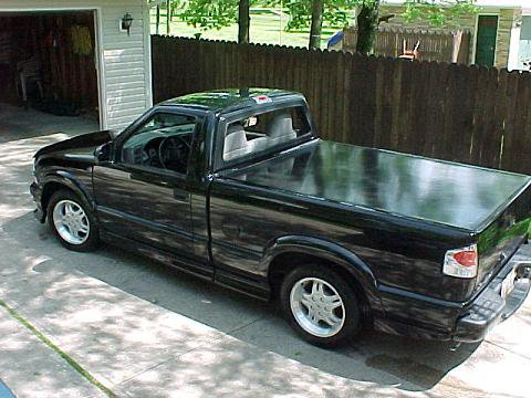 my cool s10 since you guys are posting truck pictures