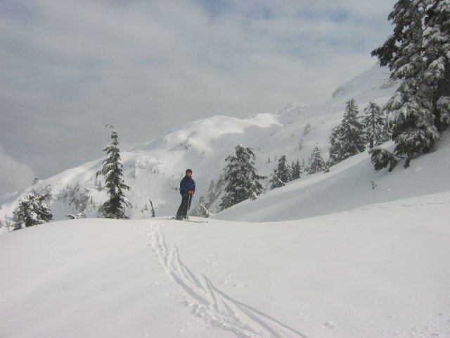 Mt. Pilchuck W.A. sun ridge