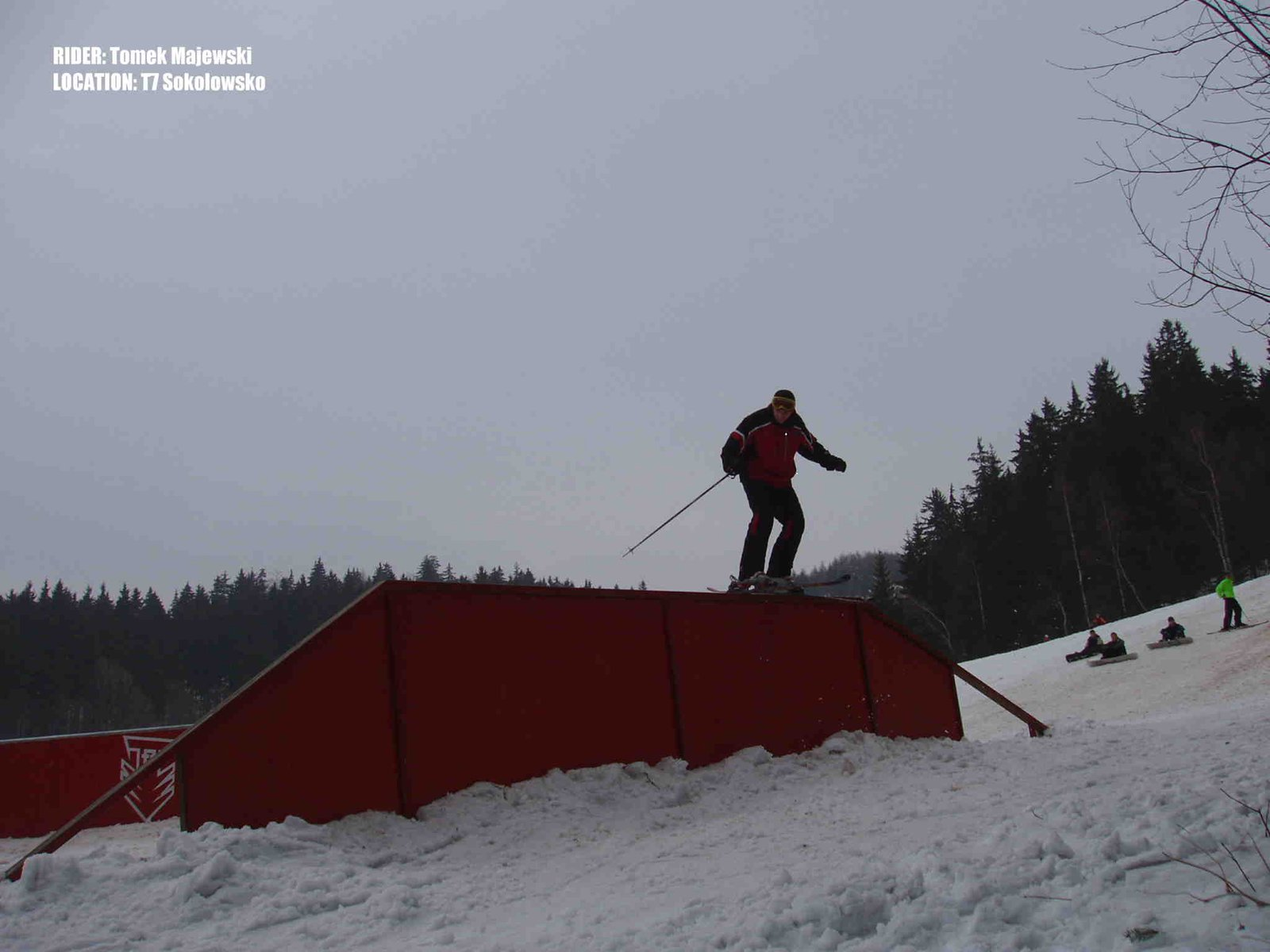 trapezoid rail slide