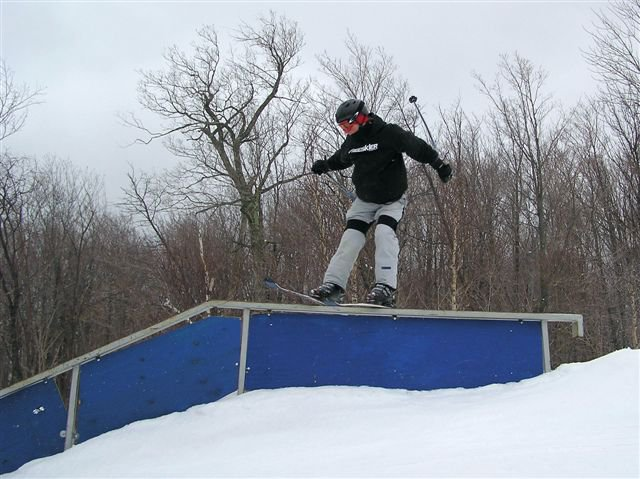 long down kink    didnt get whole rail in pic