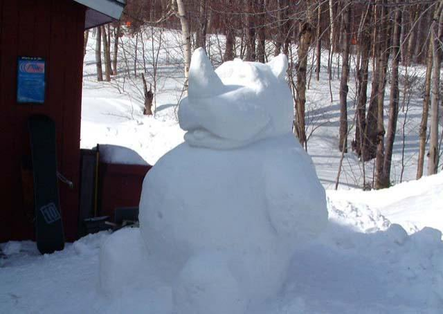 a local Stowe myth says that rubbing the Snow Rino's belly brings the mountain the freshies...so...