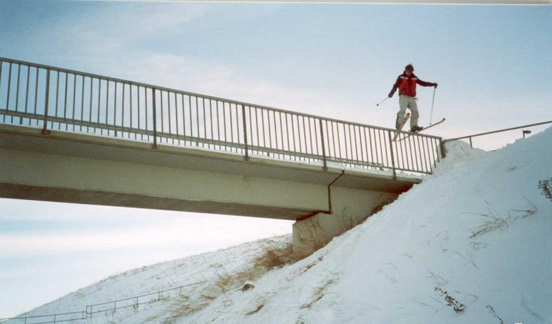 mmmm rail