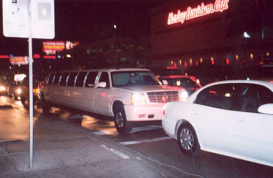 SUPER STRETCH CADDY SUV LIMO
