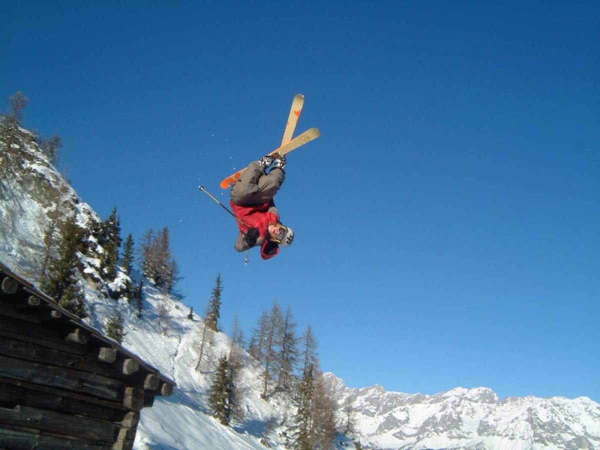 More Norwegian in Alps...