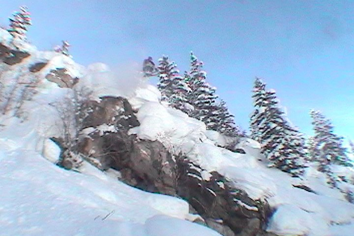 me jumpin off a cliff into some nice pow