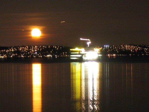 WA ferry @ night