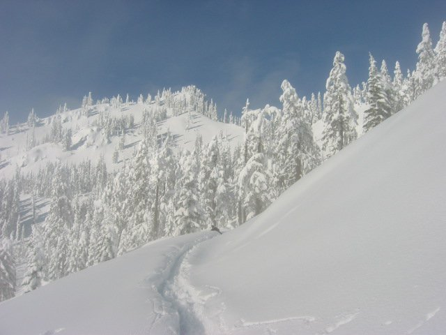 Pristine Winter Day In The Backbowl