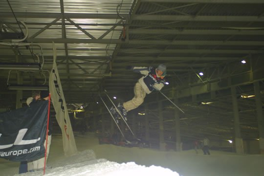 indoor halfpipe contest