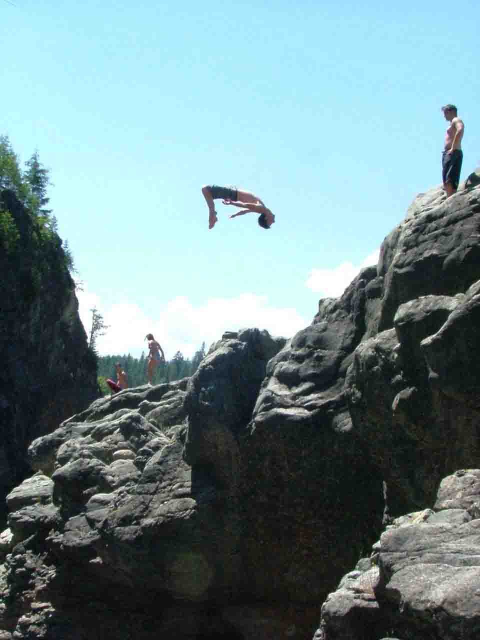 me gainering a sick cliff