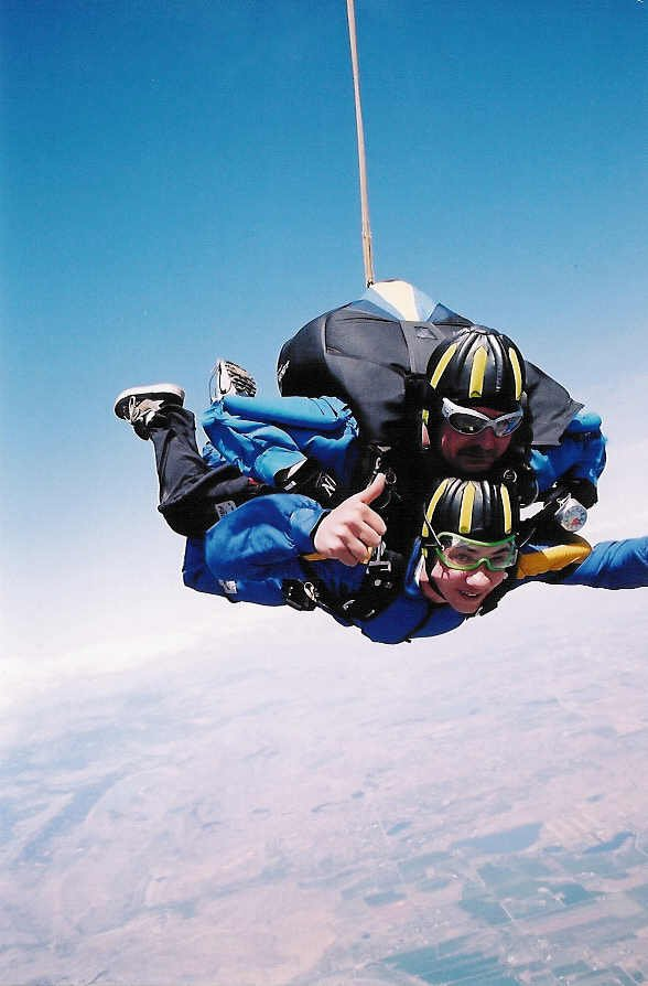 More Pictures of Sky Diving