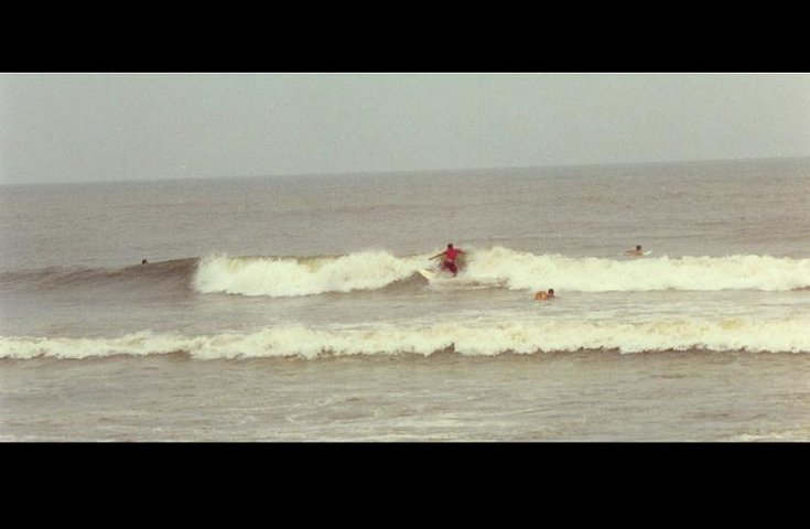 Me surfin' in Brazil, But the wave is crappy
