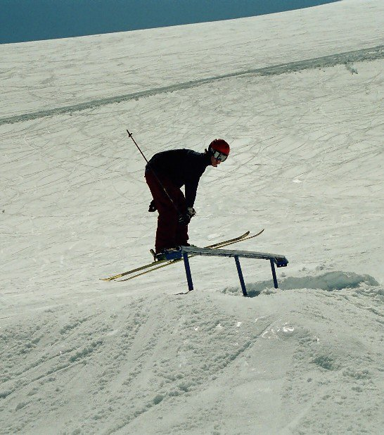 Nosepress at Stryn