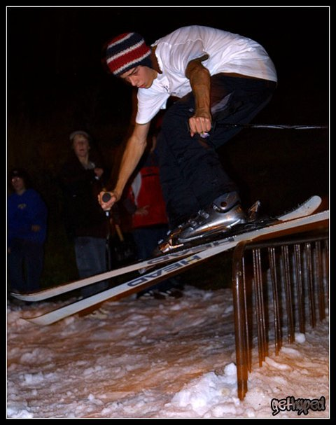 Garret comin off the end of the rail