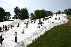 This is Snow fest at tyrol basin in wisconsin in june temp 85F
