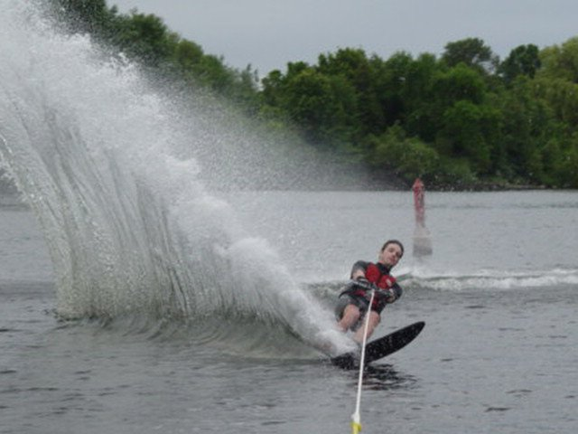 just giv'r...waterskiing