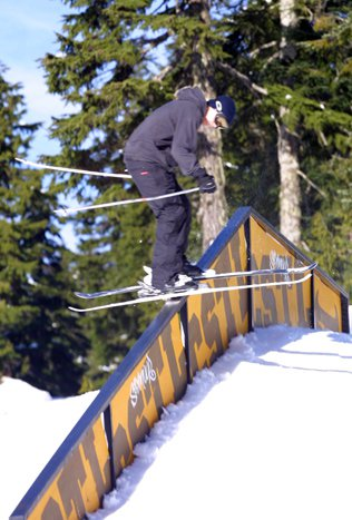 fairly sketchy kink rail slide.