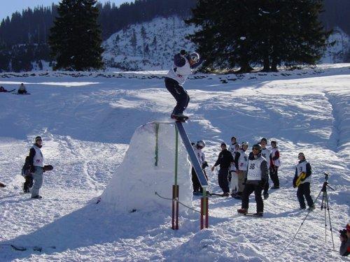 another crazy snowskate rail