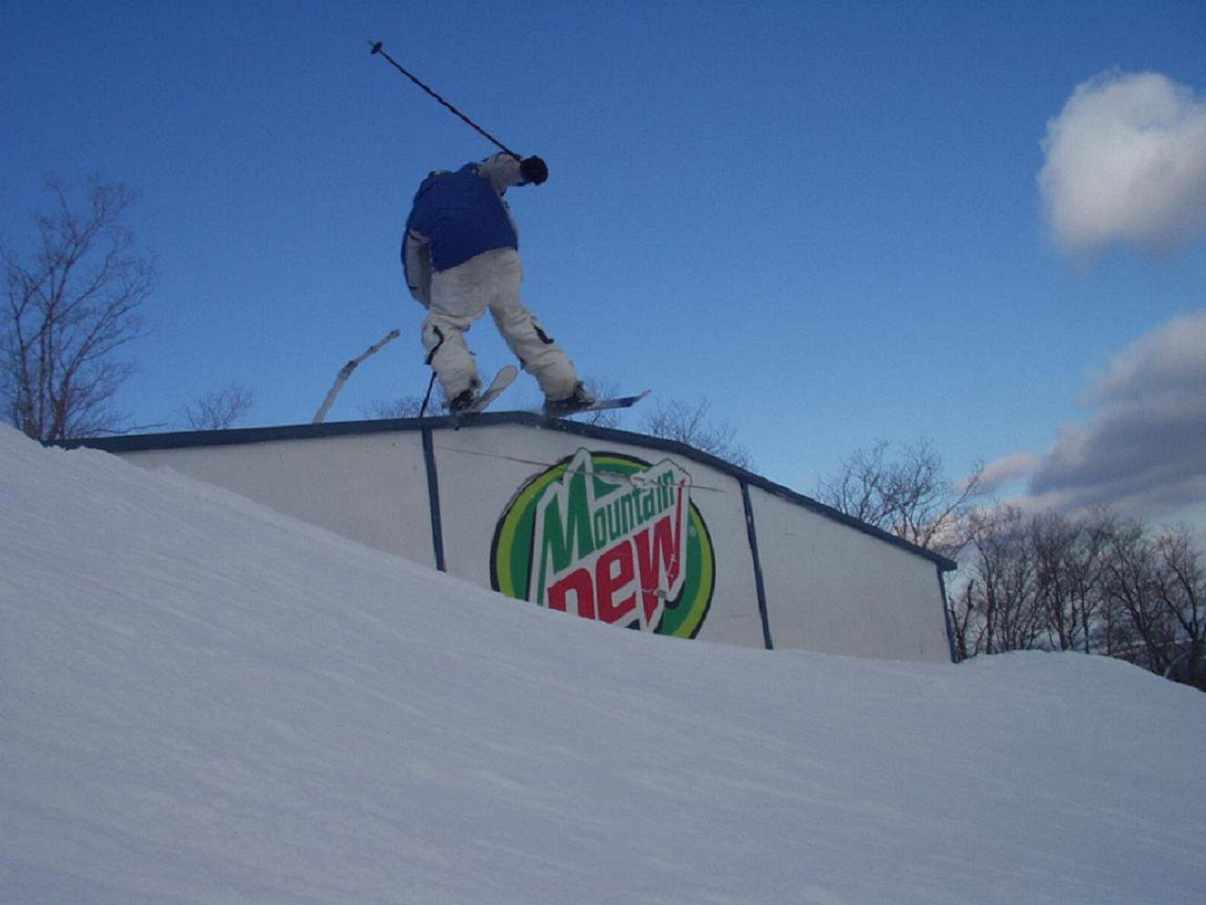 Trap rail at jay different angle