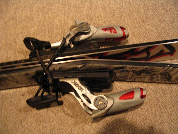 My broken ski... 2004 K2 Public enemies... snapped em... wtf?