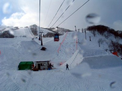 Niseko Hirafu event!!! Big table top next Big Quarter pipe!!