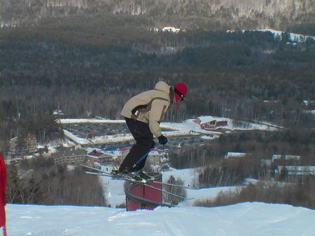S'ish Rail, and yes, the pants are too tight.
