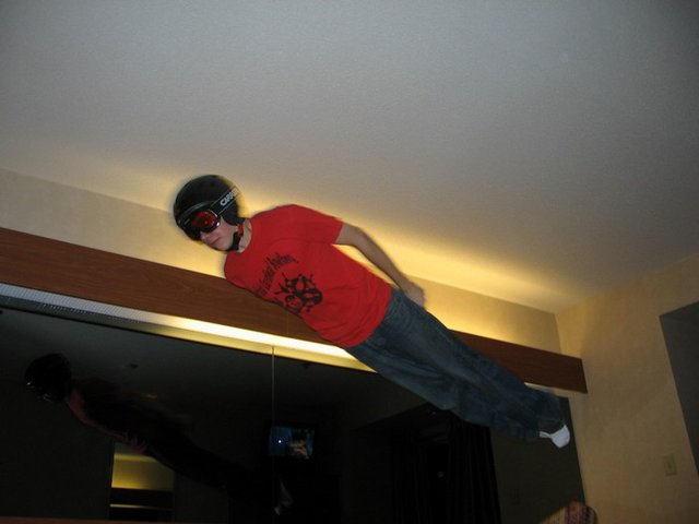 """Hotel Bed Jumping 4 life - """"the bullet"""""""
