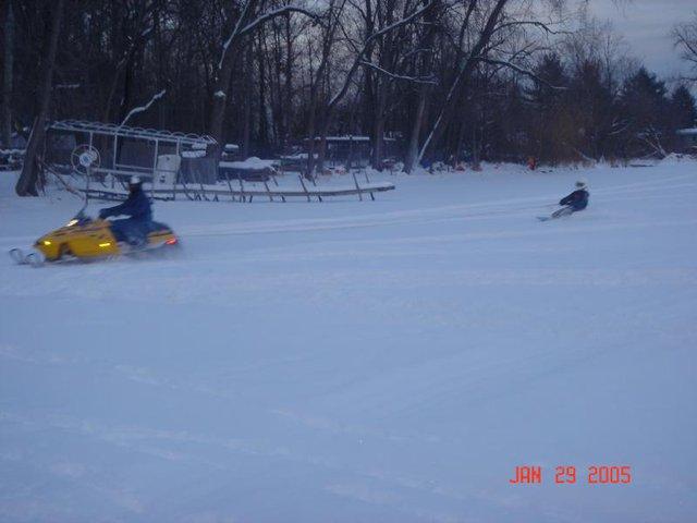 Winter Kneeboarding