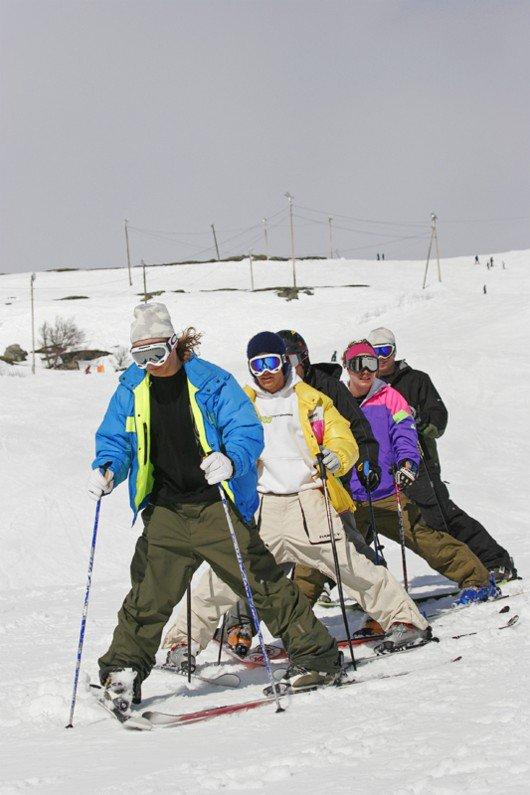 Lets ski on a Line (Oldskool day!!)