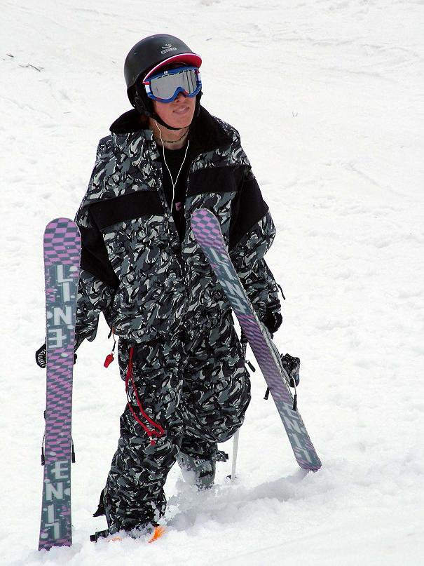 The coolest outfit and skis ever!